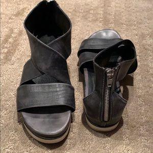 Bussola Potsdam Peggy washed Napa black sandal